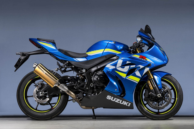 GSX-R1000R SLIP-ON TYPE-S ゴールド 認証