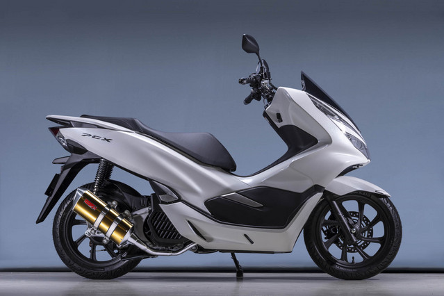 18~PCX125 SUS フルエキ TYPE-SA ゴールド
